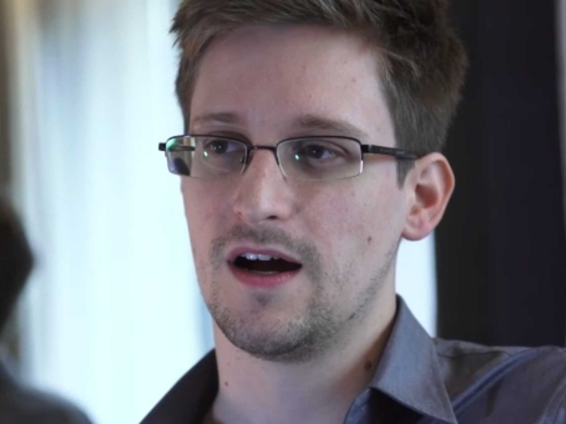 sananvapaus nsa-whistleblower-revealed-edward-snowden-says-he-is-the-leaker